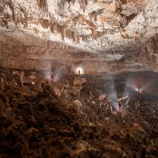 postojna-caves